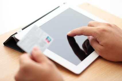 M-Commerce Dominates Traditional Online Sales in Some Markets
